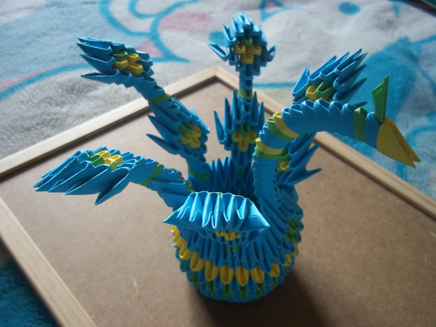 3D Origami Stick Tail Peacock by Ilyere