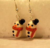 Polymer Clay Snowman Earrings by chikki587