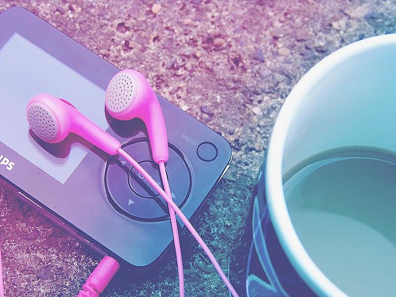Coffee and Music by darklanternssee