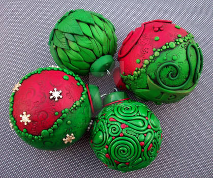 Christmas Ornaments Red Green