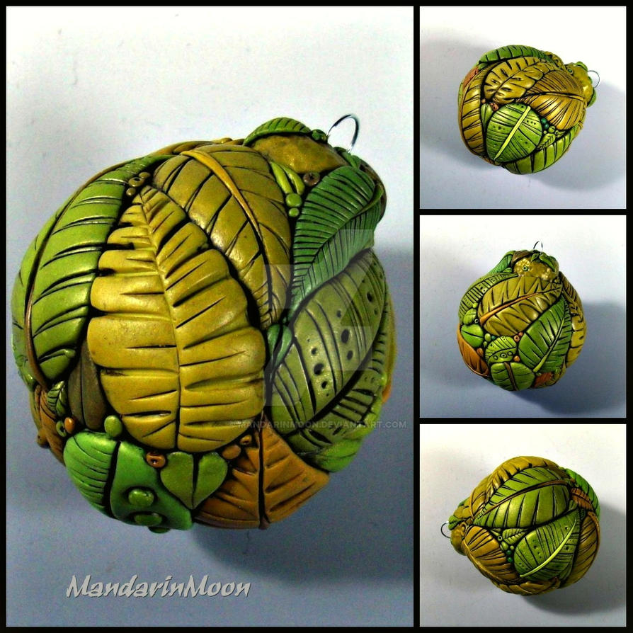 Jungle Leaf Ornament by MandarinMoon