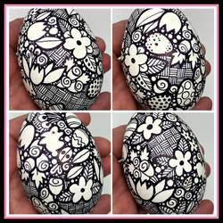 Doodle Egg, Decorate an Egg with Sharpies!