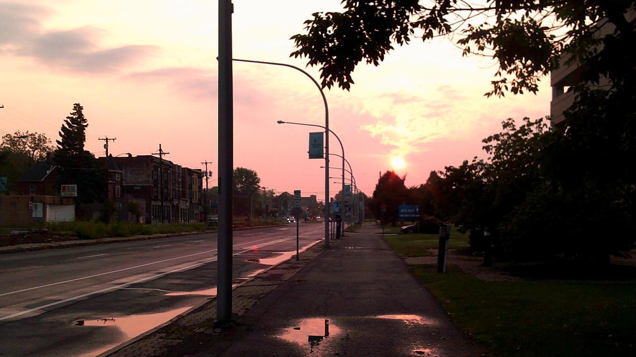 Niagara Street Sunrise