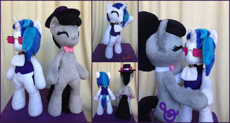 Anthro Hearth's Warming Vinyl Scratch and Octavia