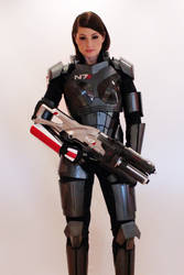 Commander Shepard cosplay with N7 Valkyrie by NaughtyZoot