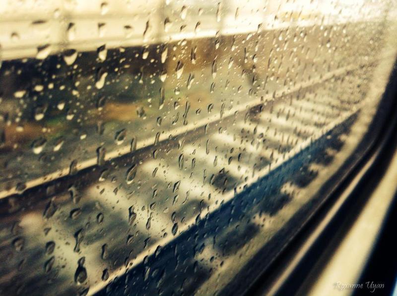 Raining... by uyanfam25