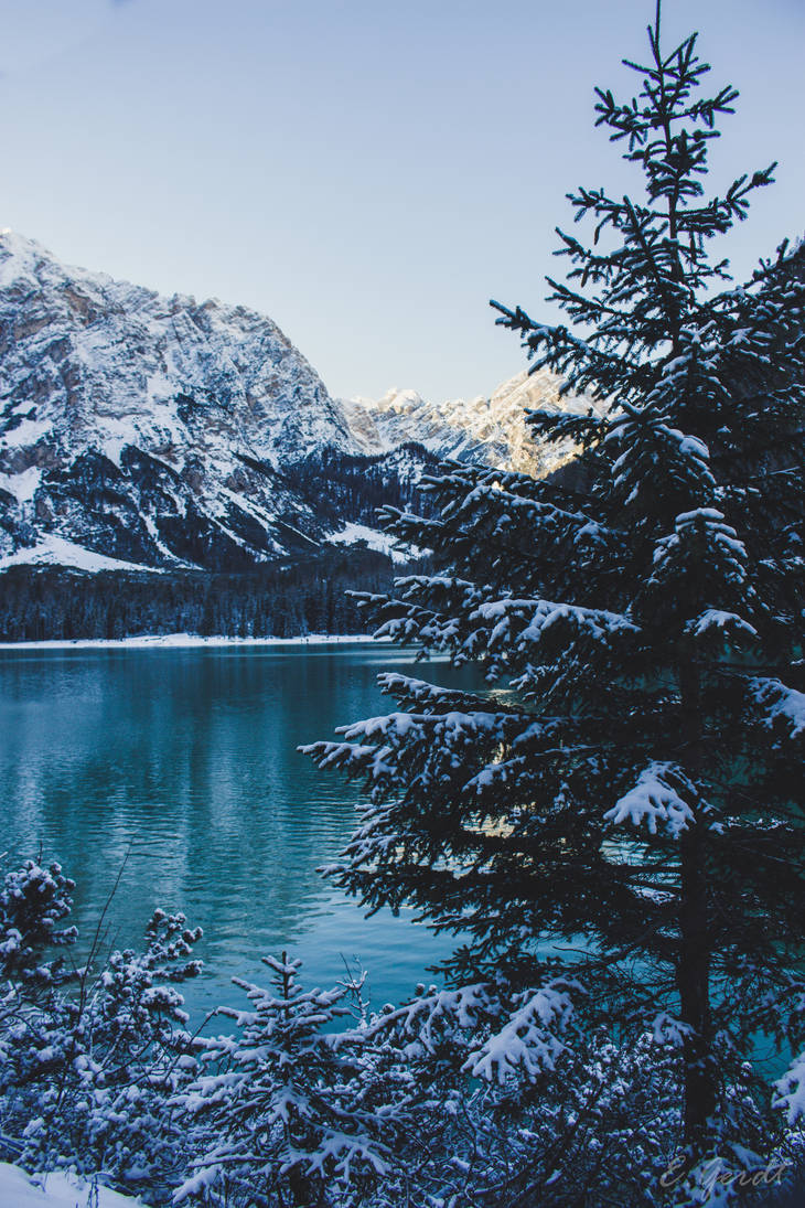 Lago di Braies - Winter Wonderland by EGerdt