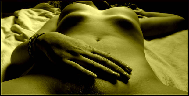 Long fingers for music by ArtOriginal