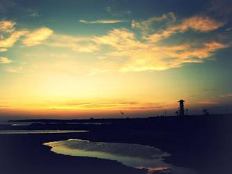 Shore Sunset by hugzeemelly