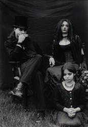 The Family Portrait by Int3stineNo0se