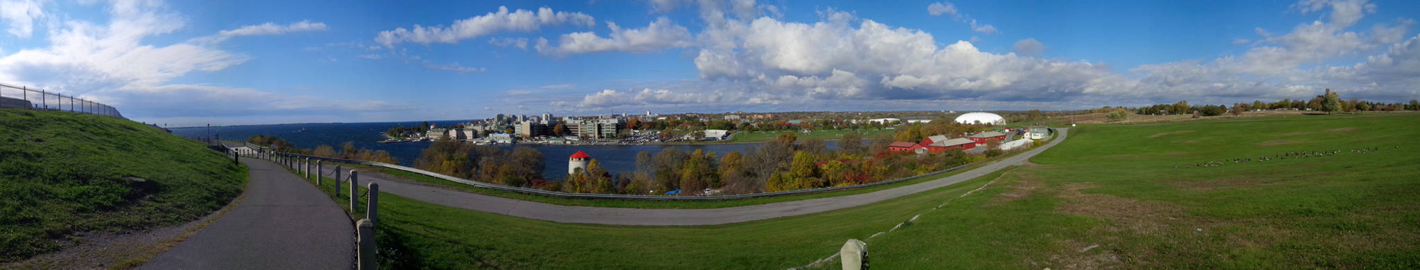 Kingston IMG 20151015 104549 panorama
