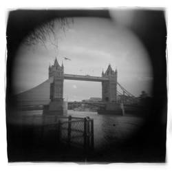Tower Bridge Tele Holga Lens by toy-camera