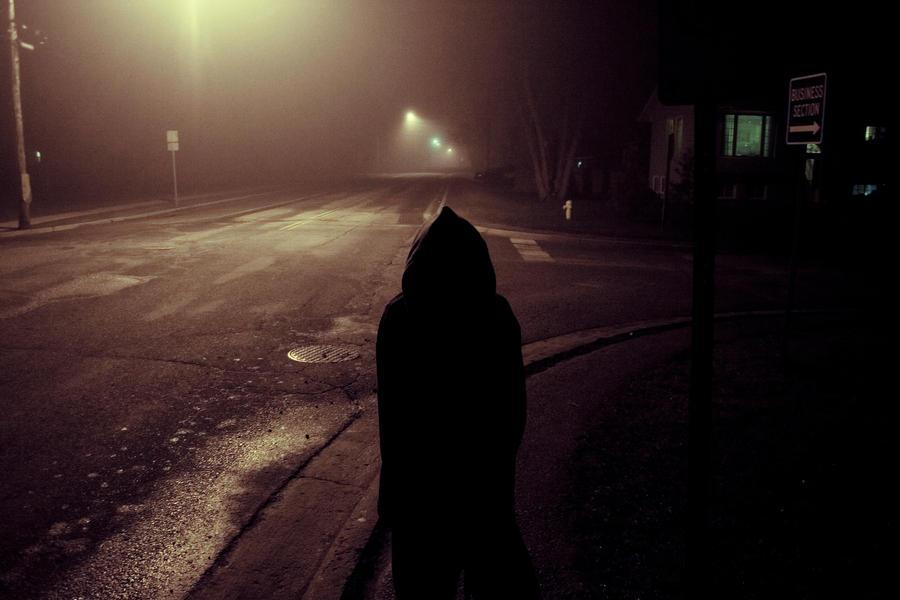 Night stroll by sean-tron