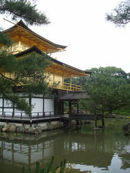 A House of Gold -kyoto 2010 by Flashpelt1