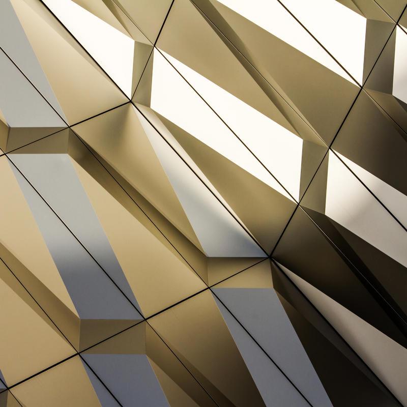 golden by stachelpferdchen