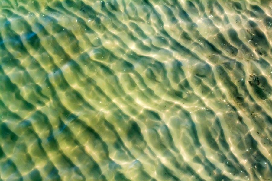 the surf III by stachelpferdchen