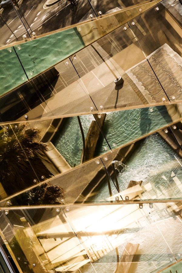 fragmented reflection IV by stachelpferdchen