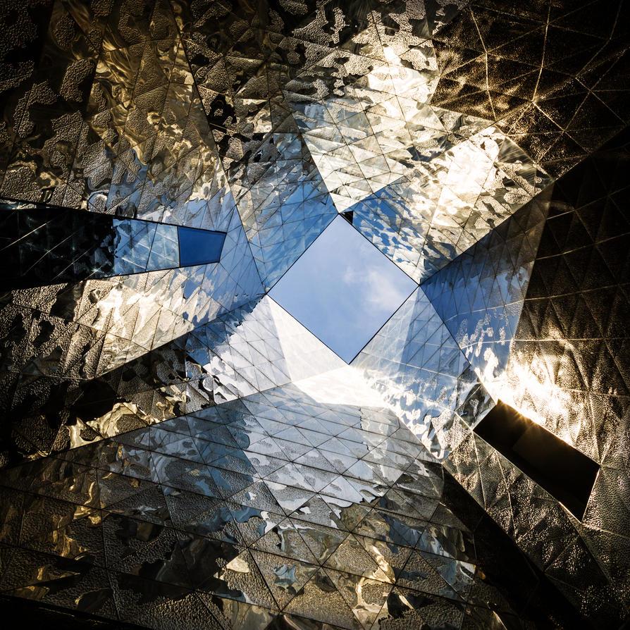 inside the crystal palace VI by stachelpferdchen