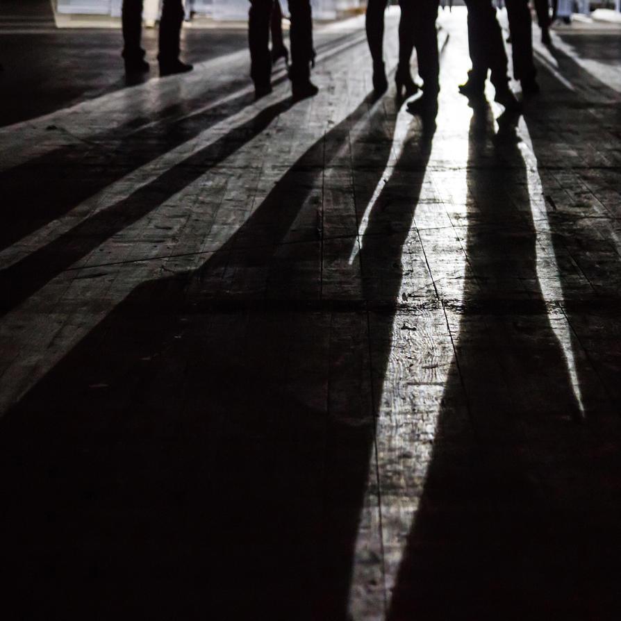 long shadows by stachelpferdchen