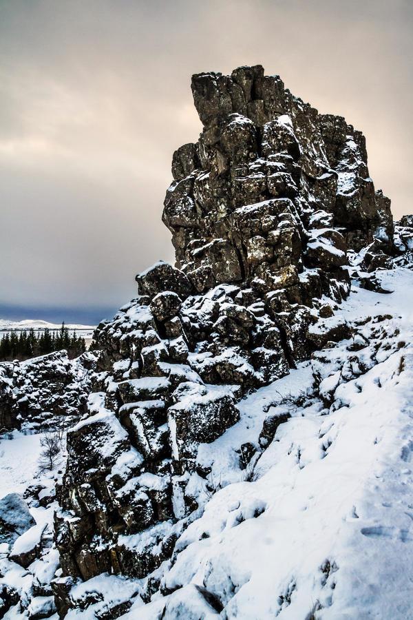the edge of the world III by stachelpferdchen