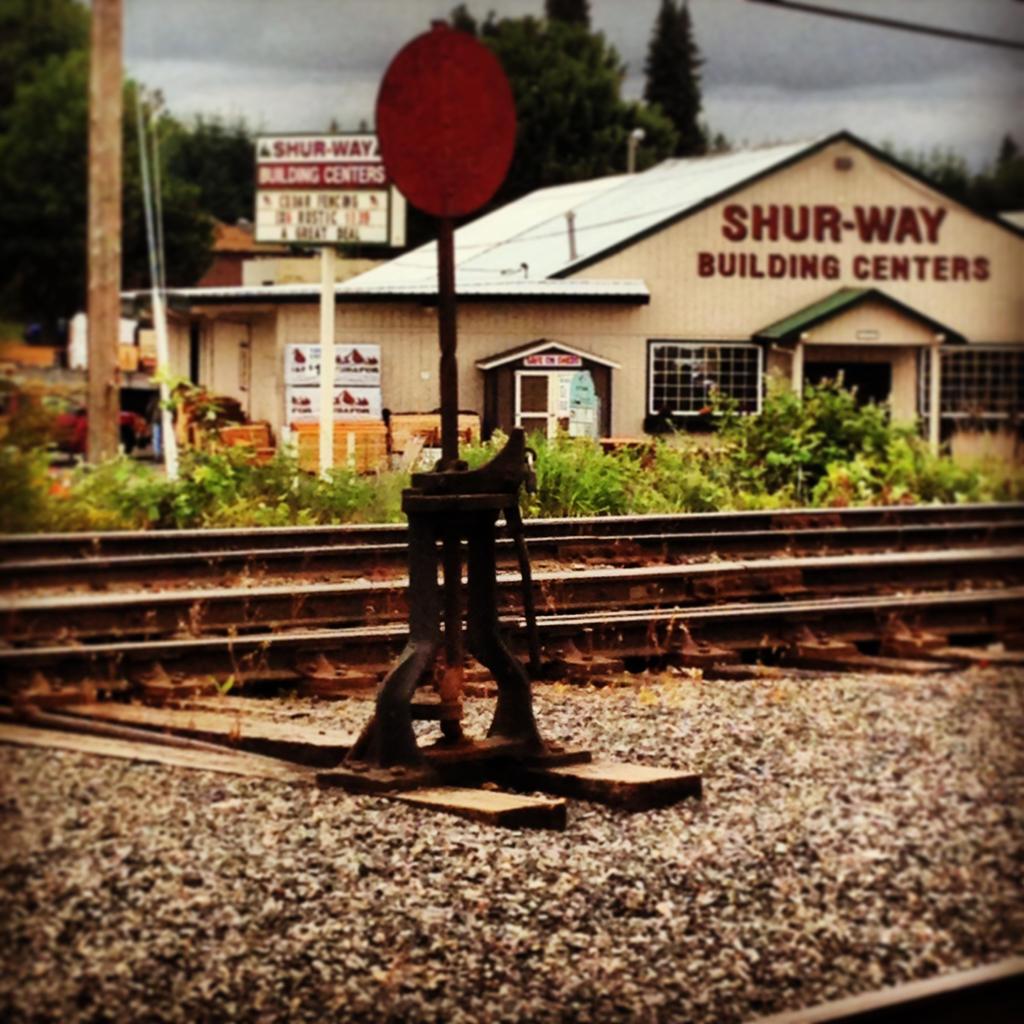 Railroad by XxLovelyHeartedxX