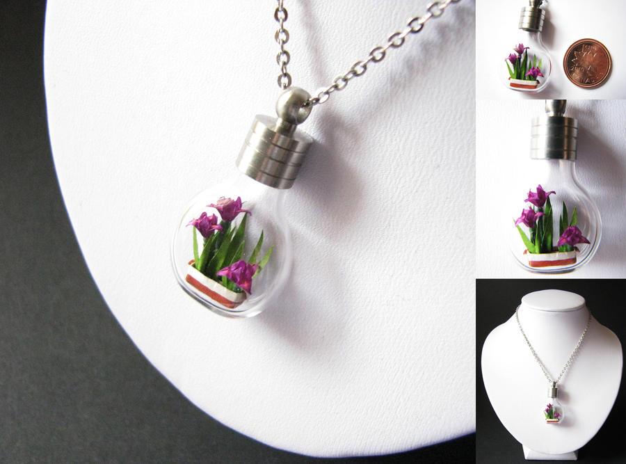 Miniature Origami Irises by Paper-Peaches