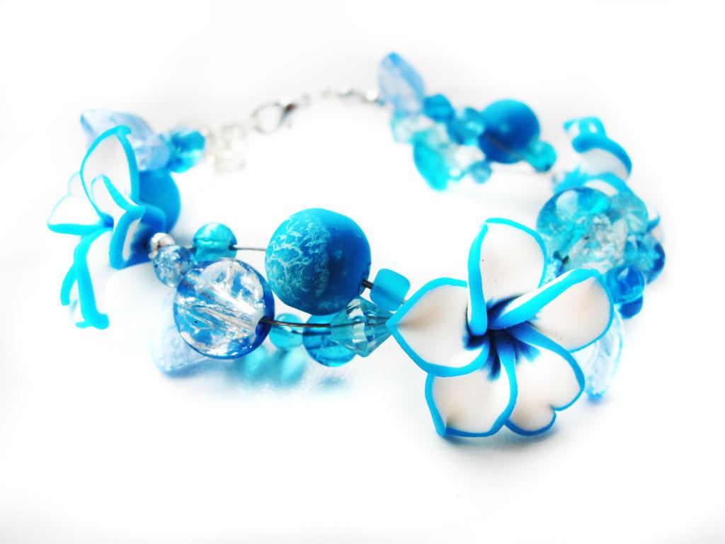 Bracelet - White and blue garden by Benia1991