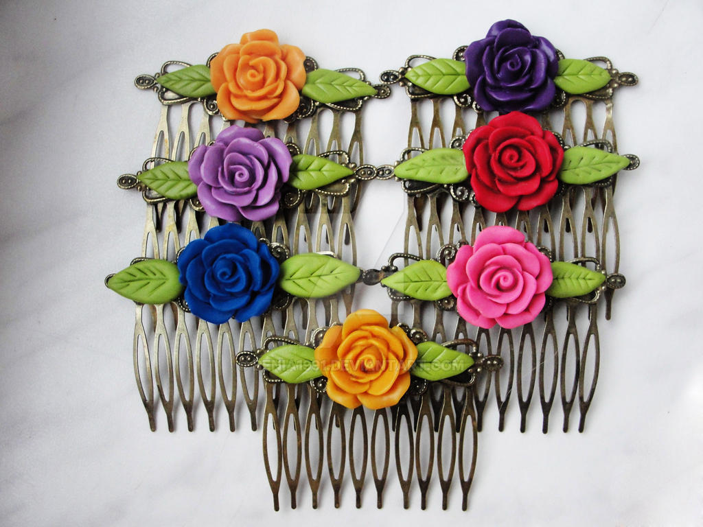 Custom order combs by Benia1991