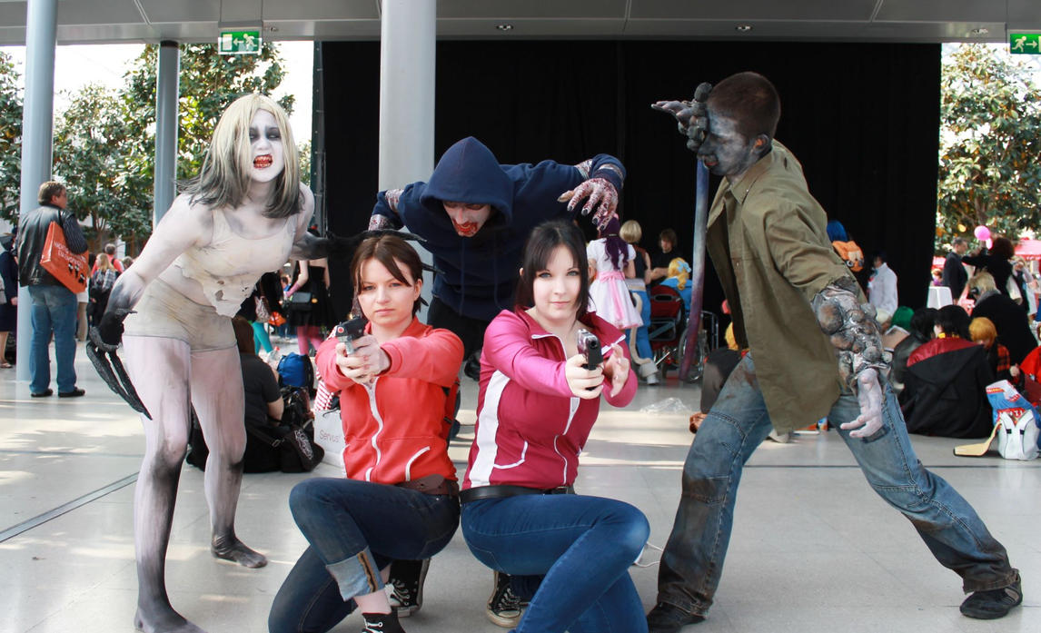 cosplay witch Left dead for