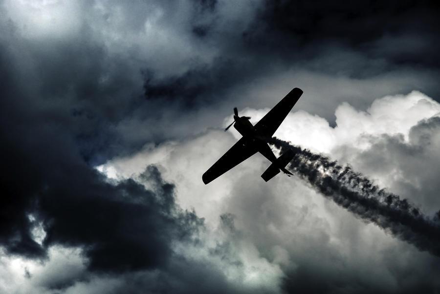 airshow by CaveCanem42