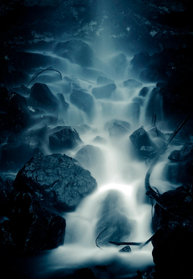 Wasser by CaveCanem42