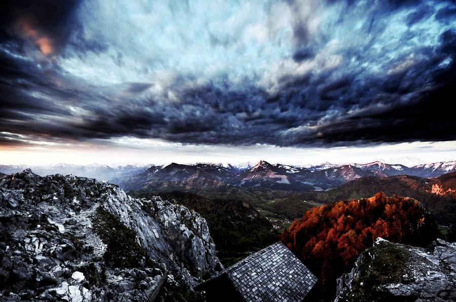 hello world by CaveCanem42