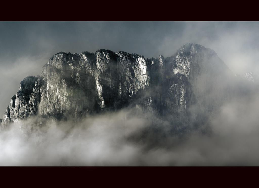 Dragon Ridge by CaveCanem42