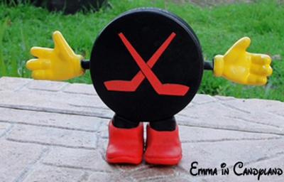 Toy Story - Page 17 Hockey_puck_by_emma_in_candyland-d360ste