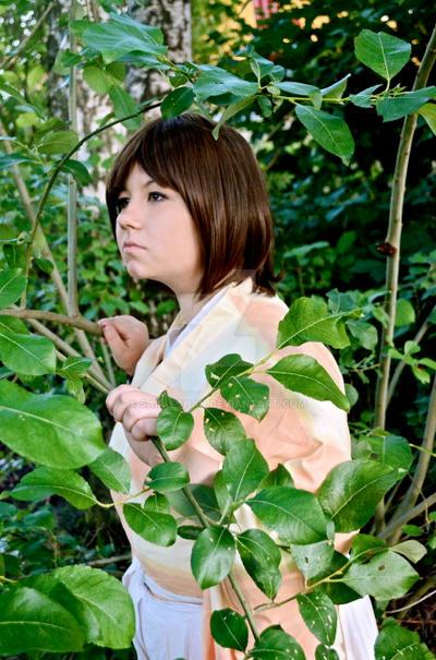 Spying on someone by Sairu-chan