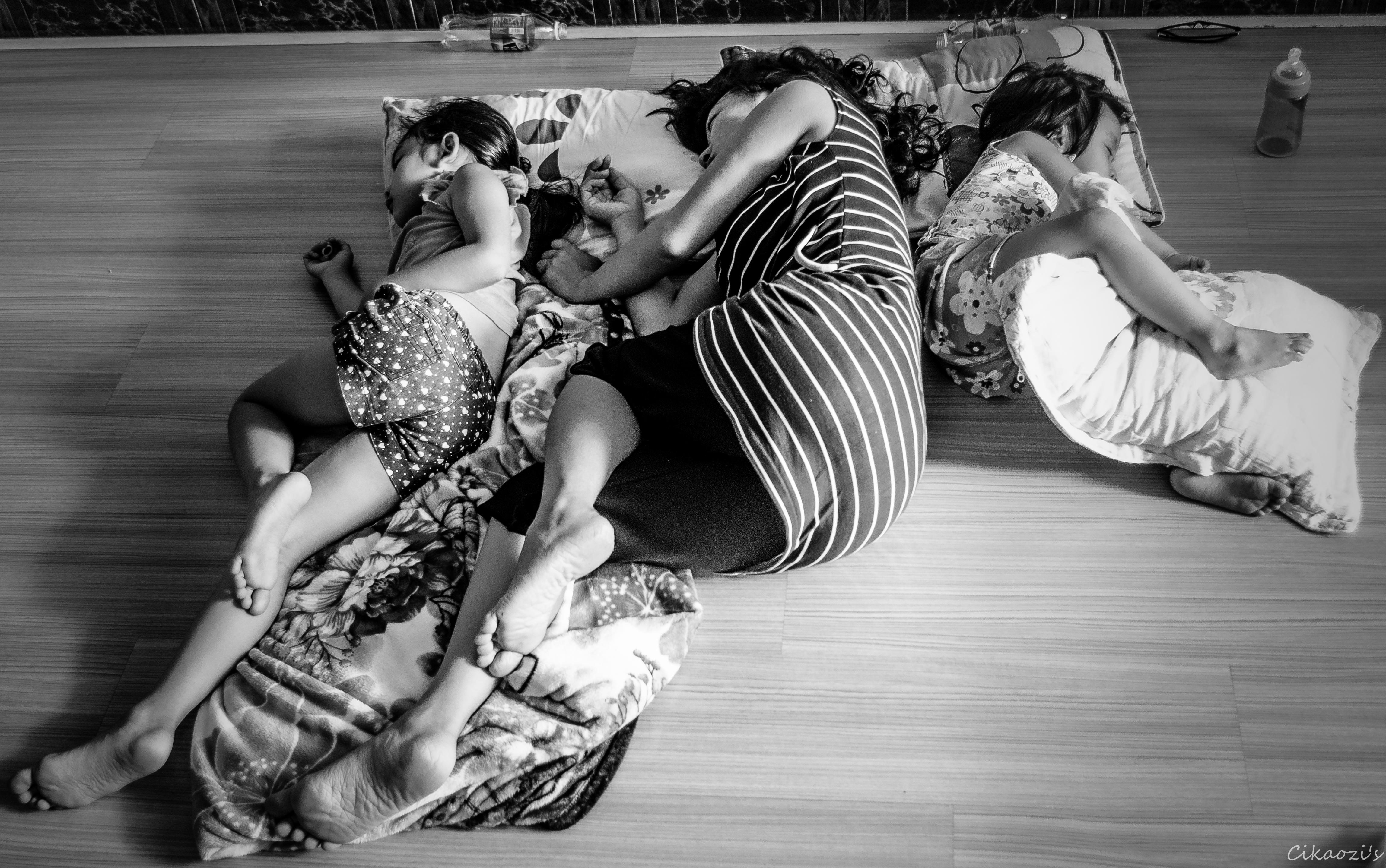 Take a nap. by showhide8x