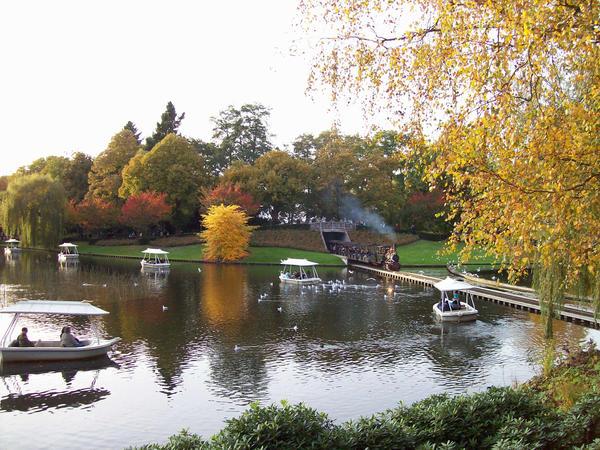 Efteling autumn landscape by Bonnzai