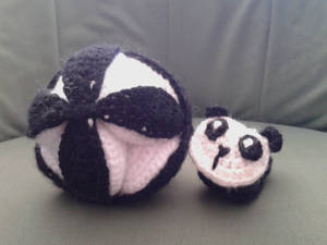 Crochet Amish Puzzle Ball Plus Panda Baby Bootie