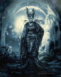 Queen of darkness ... by mirandaarts