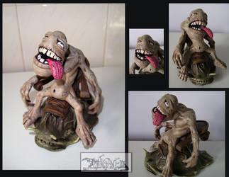 Sloth on slug by polawat