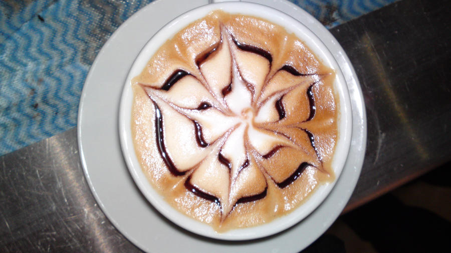 latte art: English rose 1 by Evil-elz