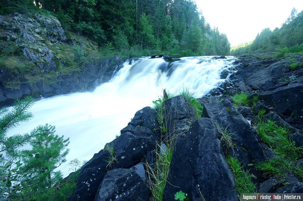 Waterfall Kyvach by Angmara