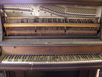 S.S. Old Piano 1 by shudder-stock