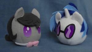 Octavia and Vinyl ponyball