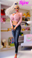 Bijou doll