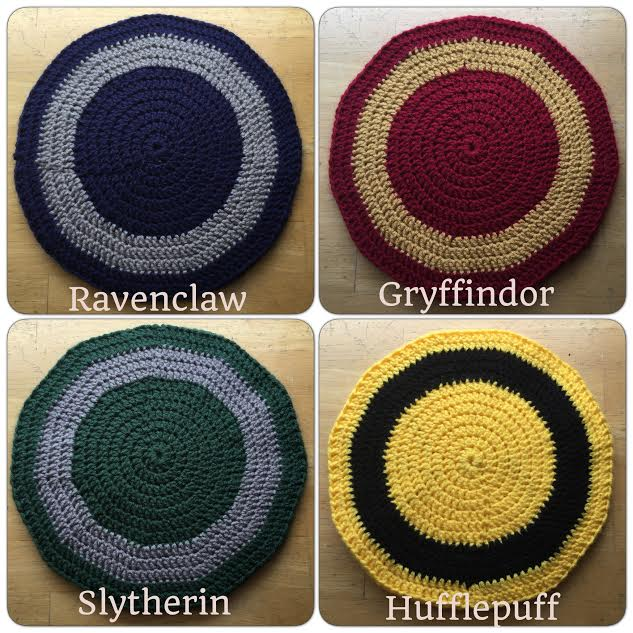 Hogwarts-Inspired Heat Pads by A-Passionate-Flame