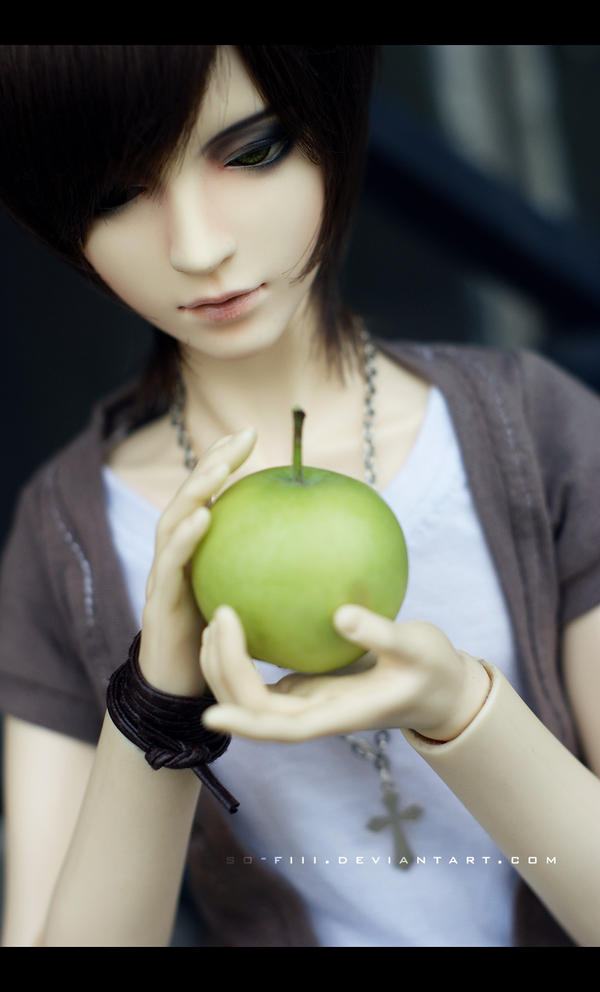 looks too healthy.. by so-fiii