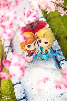 Elsa and Anna . Hanami