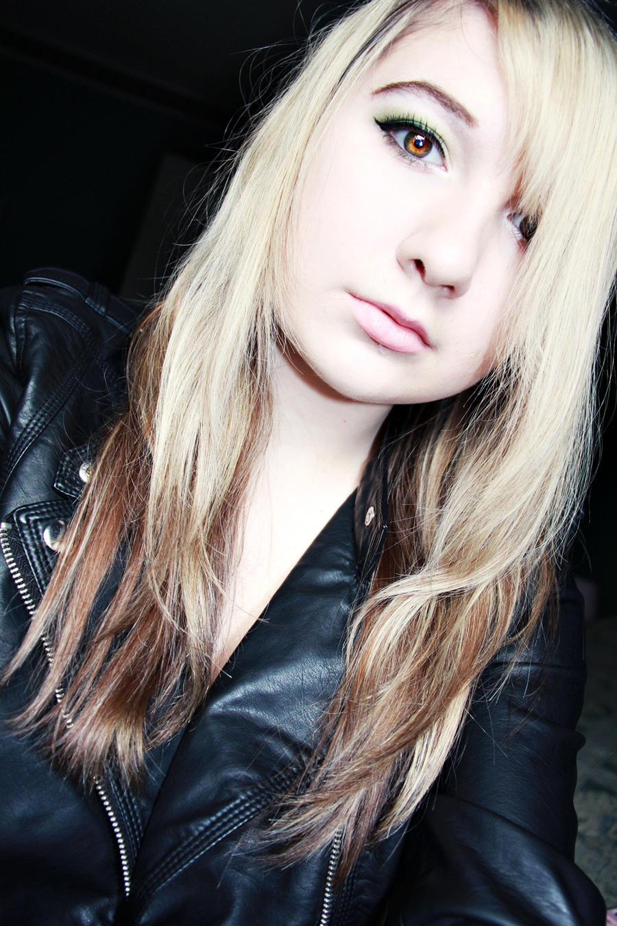 MinjiBby's Profile Picture