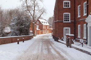 An English country town in Winter by yereverluvinuncleber